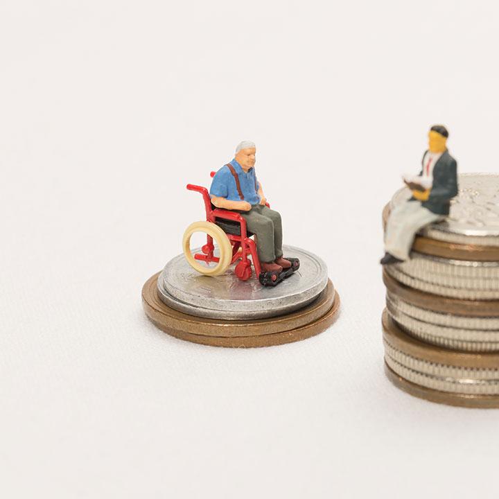 介護職は低収入?!